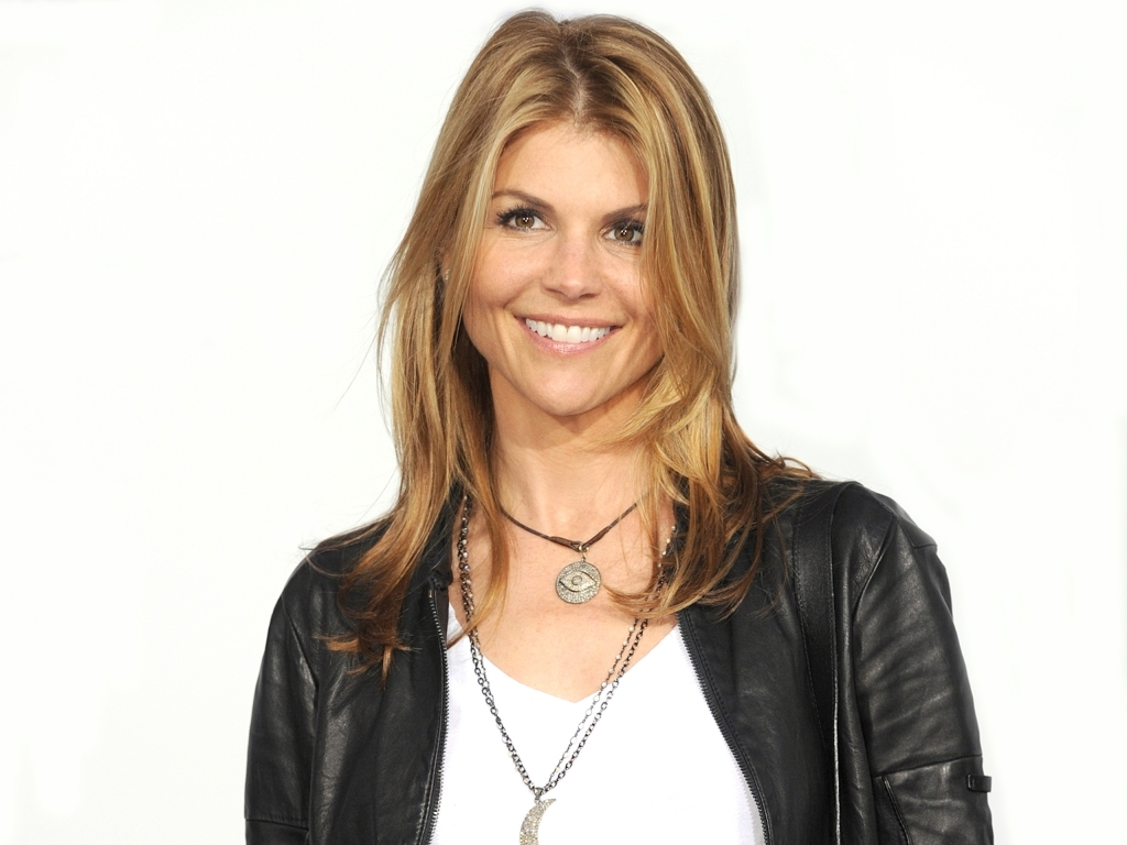 Lori Loughlin Net Worth