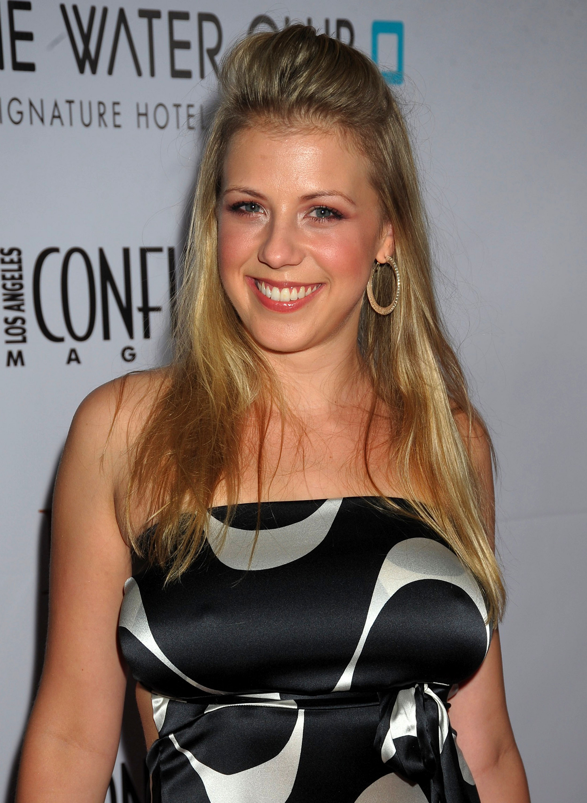 Los Angeles Confidential Pre-Emmy Party - Jodie Sweetin Photo ...
