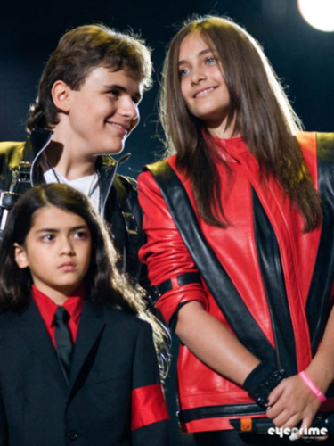 MJ's Kids at the MJ Tribute کنسرٹ