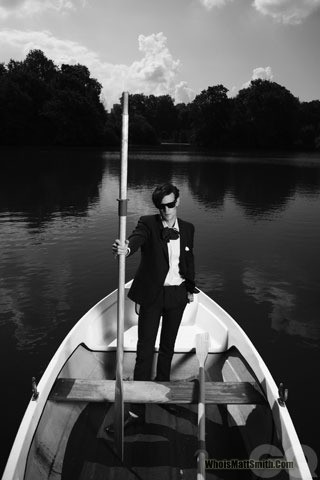 Matt Smith 壁纸 probably with a rowing boat, a dugout canoe, and an 桨 called Matt♥