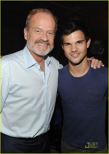 Taylor Lautner: 'Boss' Premiere!