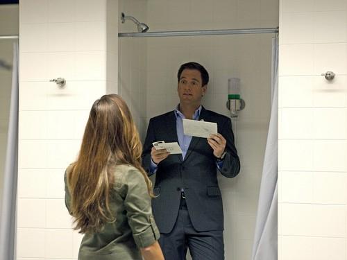 Tony karatasi la kupamba ukuta