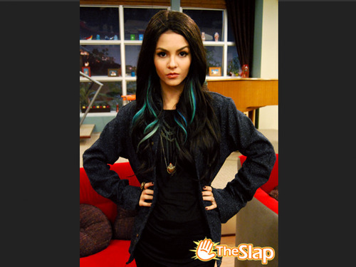 Victorious wallpaper containing an outerwear, an overgarment, and a box coat called Tori as Jade