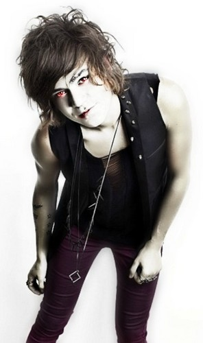 Vampire Cocozza! Very Handsome/Talented/Amazing Beyond Words!! 100% Real ♥