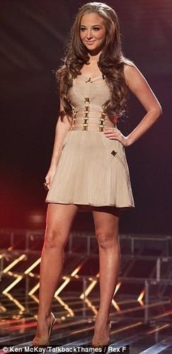 X Factor 2011 Live tampil Week 1