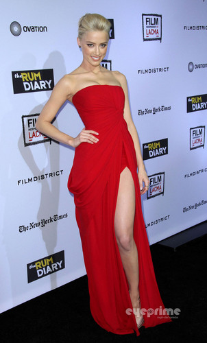 "amber heard wallpaper with a jantar dress titled Amber Heard: ""The rum Diary"" Premiere in Hollywood, Oct 13"