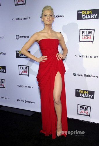 """Amber Heard: """"The 朗姆酒 Diary"""" Premiere in Hollywood, Oct 13"""