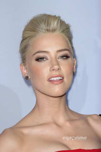 "Amber Heard: ""The Rum Diary"" Premiere in Hollywood, Oct 13"