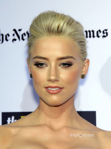 """Amber Heard: """"The ラム, ラム酒 Diary"""" Premiere in Hollywood, Oct 13"""