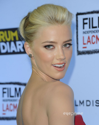 """Amber Heard: """"The rhum Diary"""" Premiere in Hollywood, Oct 13"""