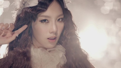 "Kpop karatasi la kupamba ukuta called Girls' Generation Taeyeon ""The Boys"" MV Teaser"