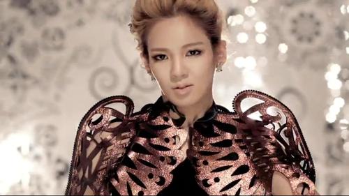 """Hyoyeon """"The Boys"""" MV"""
