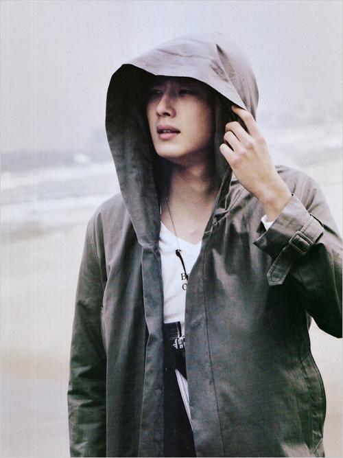 http://images5.fanpop.com/image/photos/26000000/Jung-Il-Woo-kur0_shkull_kiz-renjio-26017337-500-667.jpg