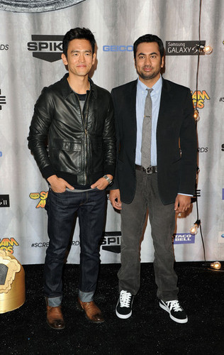 Kal Penn & John Cho Arriving @ the 2011 Spike TV Scream Awards