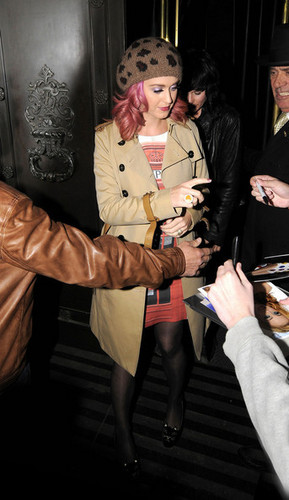 Katy Perry leaves the Wolseley restaurant in Mayfair