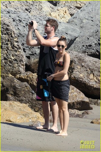 Miley Cyrus: Bikini Babe With Liam Hemsworth!