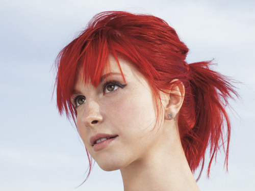 New litrato of Hayley from the Self's Magazine photoshoot