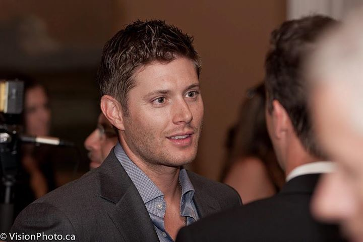 Once Upon A Cure Gala - jensen-ackles photo