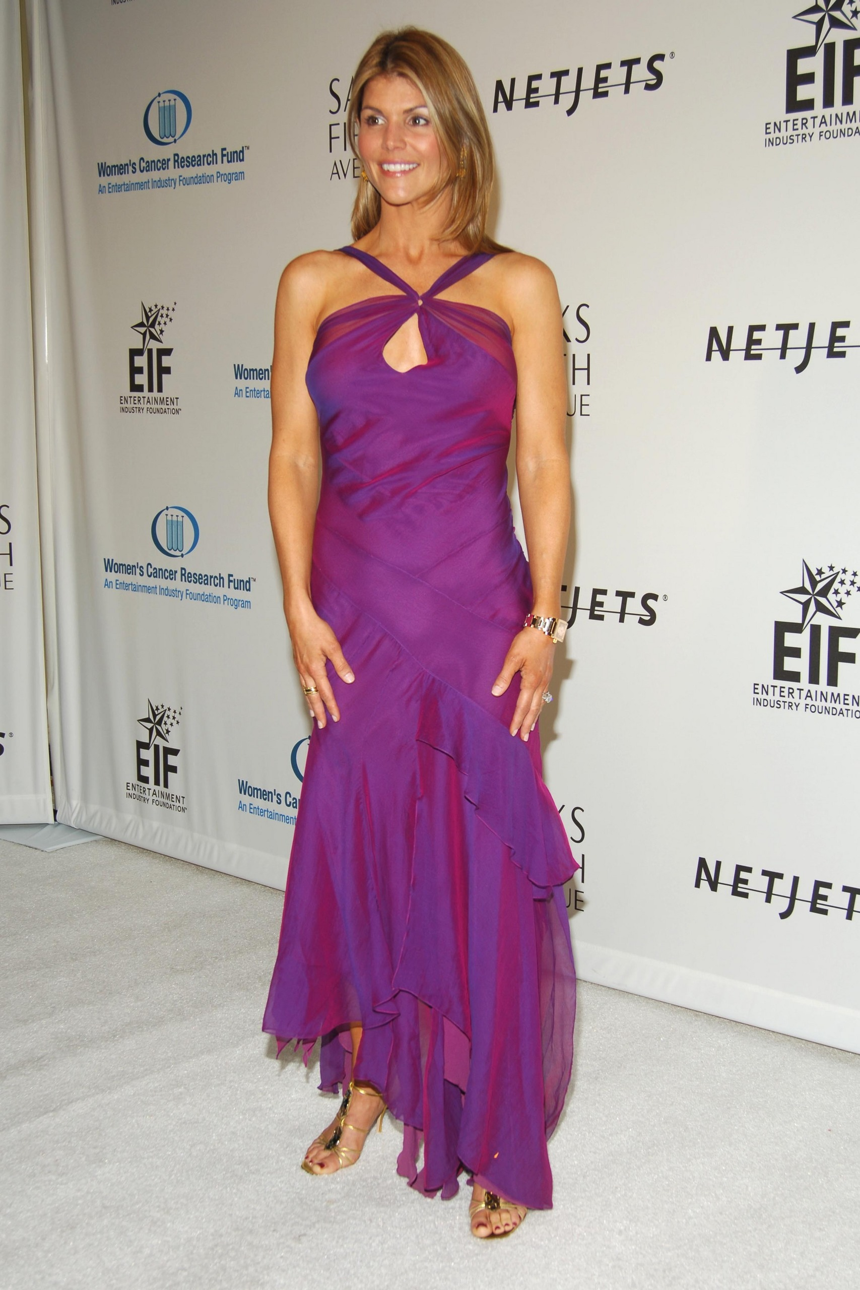 Lori Loughlin Images Saks Fifth Avenues Unforgettable Hd Wallpaper