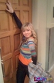 Sam in front of Carly's door - samantha-puckett photo