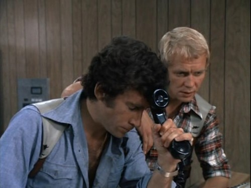 Starsky and Hutch (1975) wallpaper probably containing a green beret called Starsky&Hutch