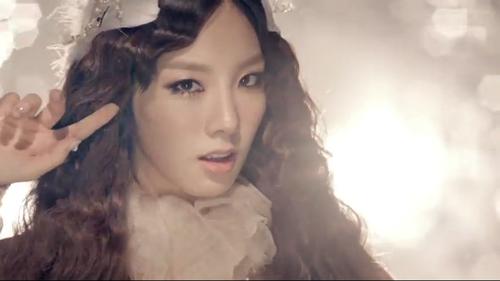 "Taeyeon ""The Boys"" MV"