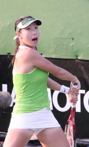 Zheng Jie powers up her Ch'i
