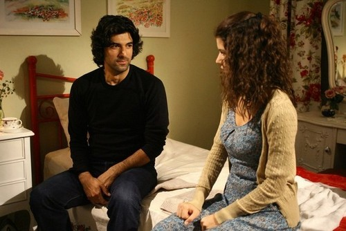 Fatmagül'ün Suçu Ne wallpaper probably with a living room, a drawing room, and a family room entitled ep 45