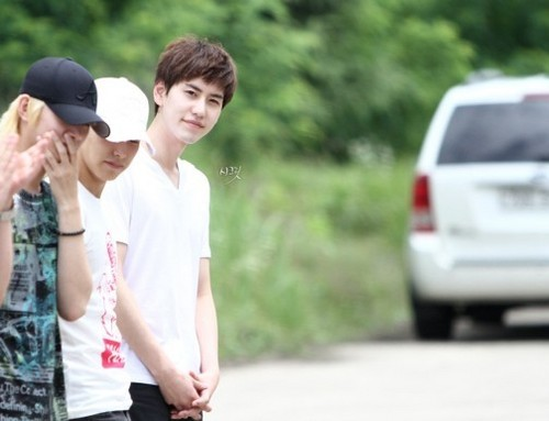 kyuhyun & Changmin Fan Club   Fansite with photos, videos, and more
