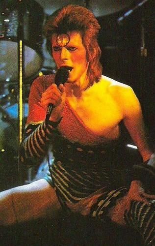Ziggy Stardust Hintergrund titled ziggy stardust
