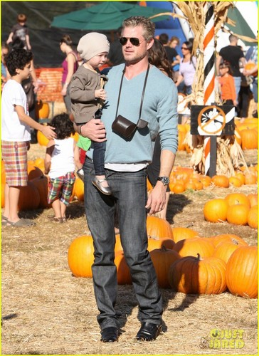 Eric Dane: pompoen Patch with Billie!