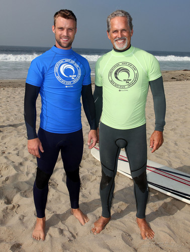 4th Annual Project Save Our Surf's 'Surf 2011 Celebrity Surfathon' – hari 1 [October 15, 2011]