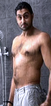 ABHISHEK BACHCHAN SHIRTLESS DHOOM 3