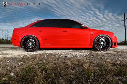 奥迪 RS4