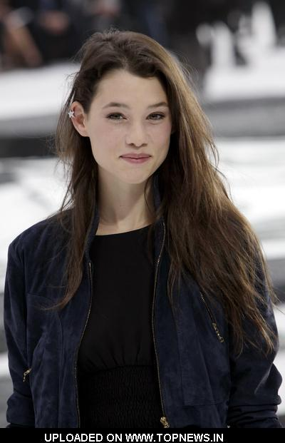Astrid Berges-Frisbey Nude Photos 6