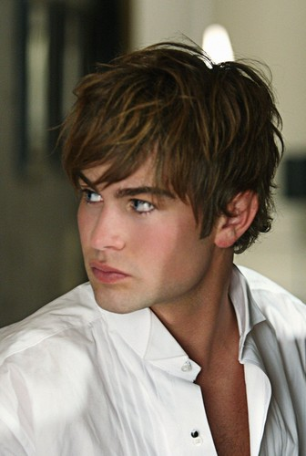[Image: Chace-Crawford-chace-crawford-26116741-336-500.jpg]