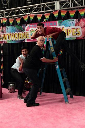 Episode 3.06 - Advanced Gay - más Promotional fotos