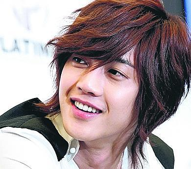 Boys Before Flowers wallpaper containing a portrait called Kim Hyun Joong- Yoon Ji Hoo