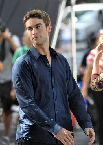 Nate - Gossip Girl - Behind the Scenes, Central Park - September 01, 2011