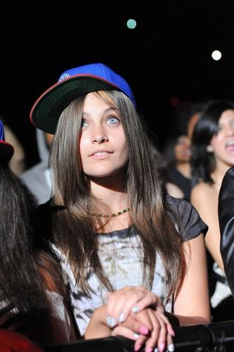 Paris at Chris Brown's концерт 10/20/2011.