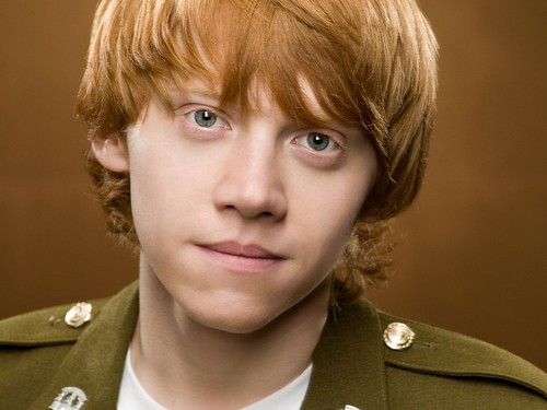 Rupert Grint wallpaper containing a green beret, battle dress, and fatigues called Rupert Grint Wallpaper