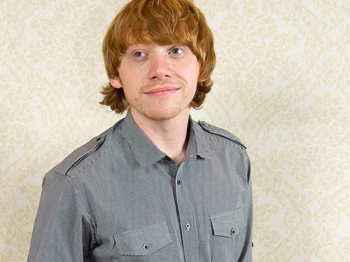 Rupert Grint wallpaper probably with a green beret, affatica, and fatiche called Rupert Grint wallpaper