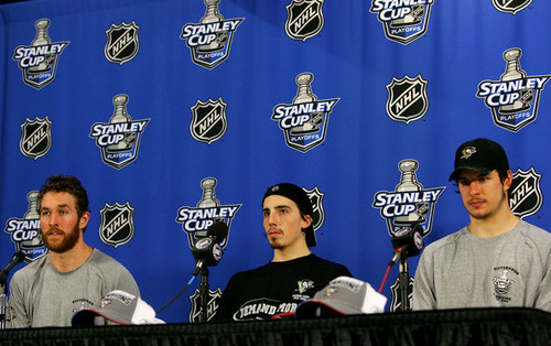 Ryan Malone wallpaper entitled Malone, Fleury & Crosby - Eastern Conference Finals Press Conference- May 18, 2008