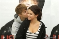 Selena and Justin NEW pcis ''Mistletoe''