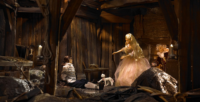 These thingies are BARBIE DOLL SCENES! - barbie-movies photo