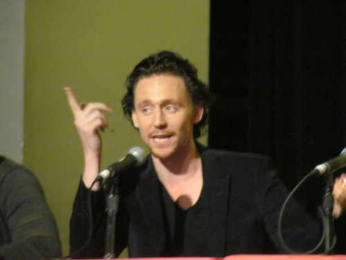 Tom Hiddleston @ The Avengers Panel, New York Comic Con 2011