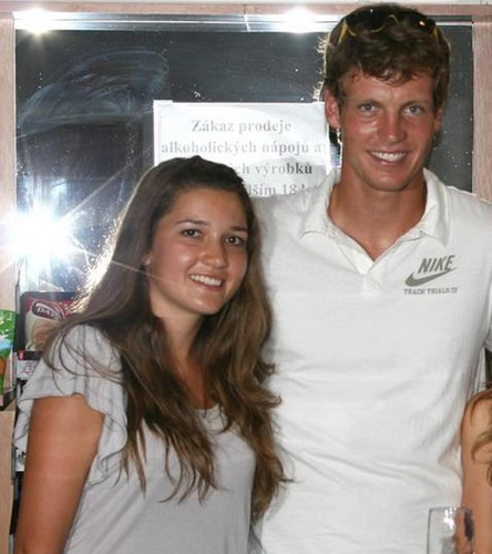 Tomas Berdych and czech girls