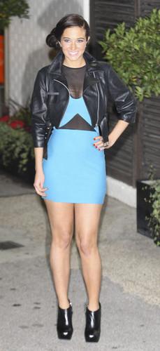 "Tulisa Contostavlos leaving the ""X Factor"" studios in 伦敦"