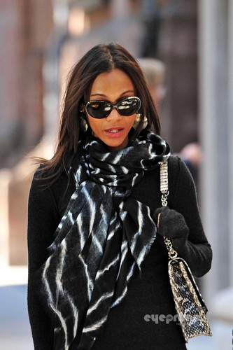 Zoe Saldana spotted out in New York, Oct 17