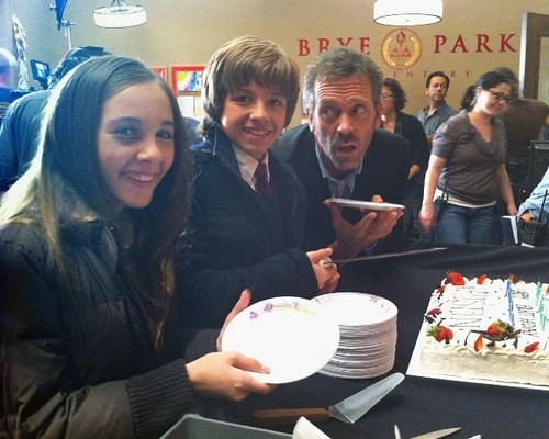 Hugh Laurie,Austin Michael Colin and Haley Pullos on the set of HouseMD-season7(7x13) fev 2011